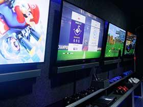 gaming-squad-birthday-party-inside-van